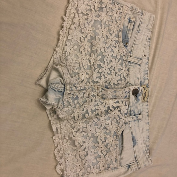 YMI Pants - YMI light acid washed floral lacey jean shorts 11